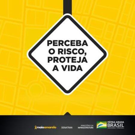 Left or right maio amarelo digital