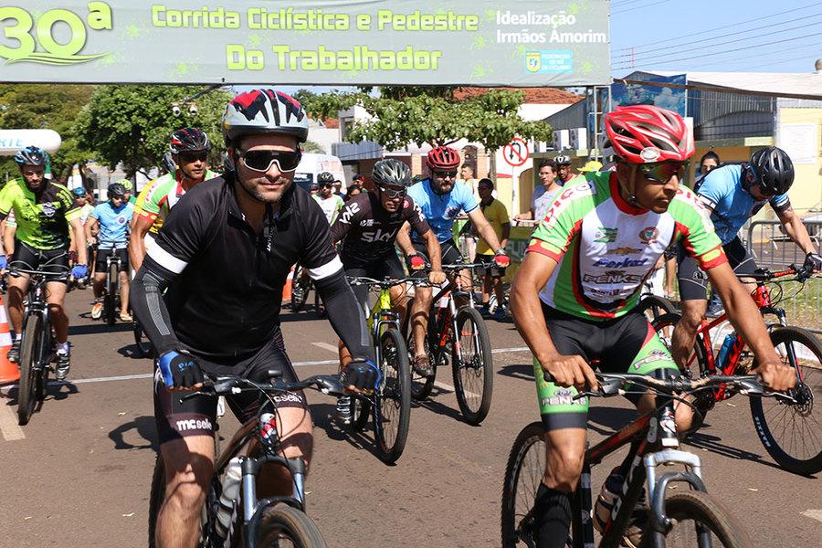 Center corrida cicl stica