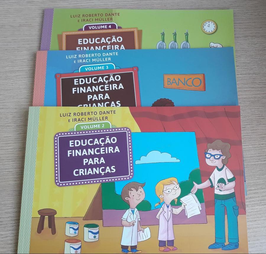 Center educa o financeira livro